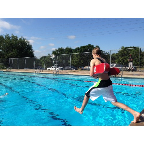 What Kind of Training Do Lifeguards Need?